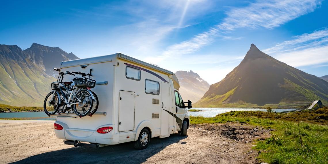 Le voyage organisé en camping-car : guide complet