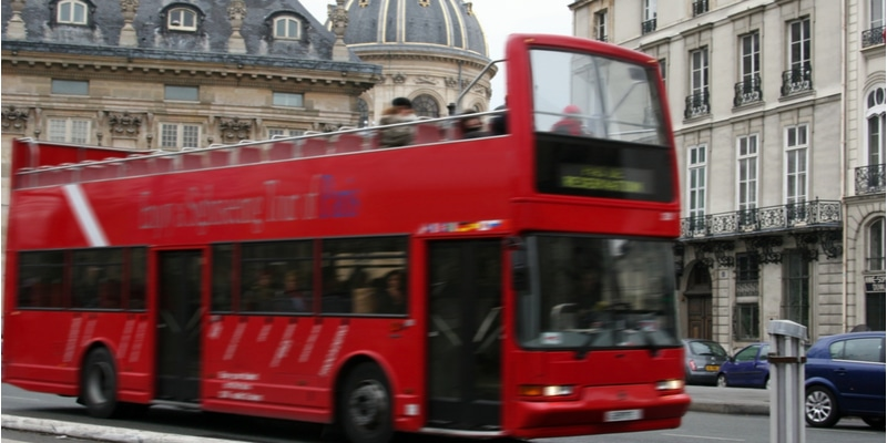 paris tour bus